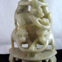 Chinese Hand-Carved Soapstone 5 Stacked Monkeys Playful Pyramid