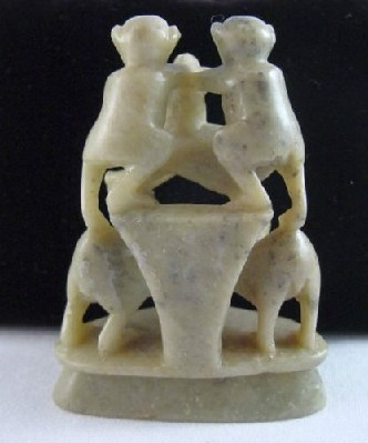 Chinese Hand Carved Soapstone 5 Stacked Monkeys Playful Pyramid