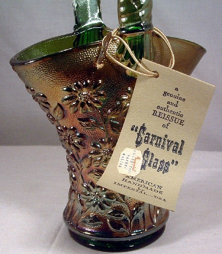 Vintage Imperial Green Helios Carnival Glass Daisy Pattern Basket
