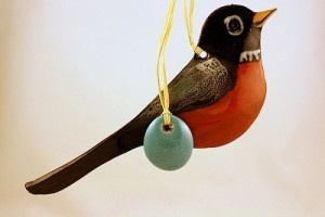 Robin with Egg Pottery Ornament