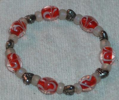 Hearts Galore Glass Bead Bracelet