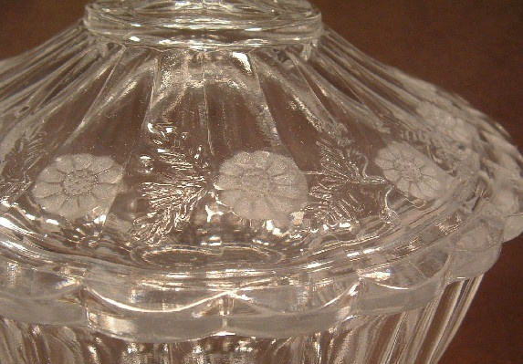 Elegant Leaded Glass - Frosted Daisy Pattern - Candy Dish with Lyre Finial