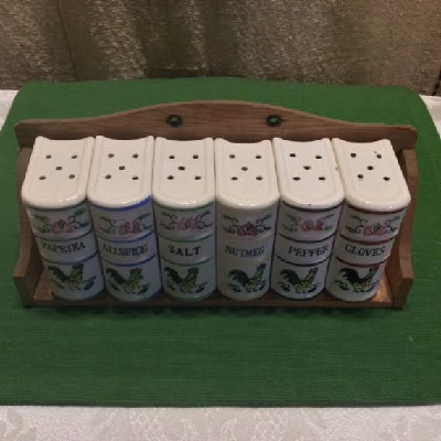 Rooster Ceramic 6 Piece Spice Set w/ Rack