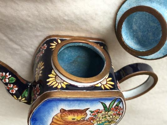 Kelvin Chen Style – Enamel Copper Cloisonne Tea Pot – Orange Tabby w/ Flowers - Signed