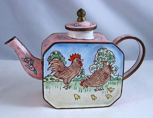 Kelvin Chen Style – Enamel Copper Cloisonne Tea Pot – Rooster / Hen & Chicks - The Whole Family!