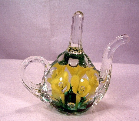 Teapot Shaped Ring Holder w/ Yellow Flowers - St. Clair Glass - Vintage