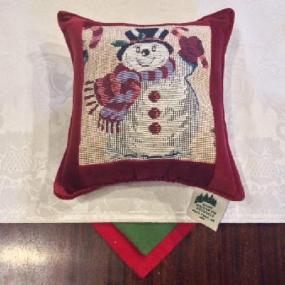 "Snowman Tapestry Red - 7"" x 7"" Balsam Pillow"