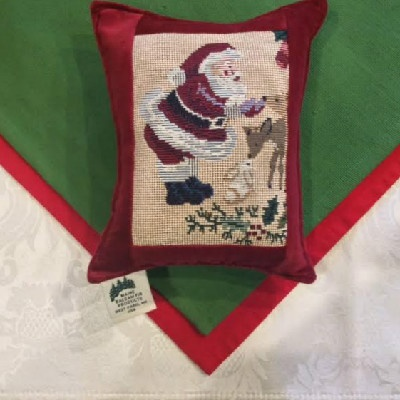 "Santa Tapestry w/ Deer - 6"" x 8"" Balsam Pillow"