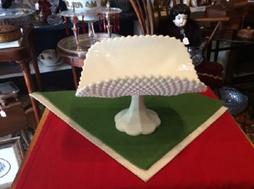 Magnificent - Vintage - White Milk Glass - Diamond Pattern Banana Boat