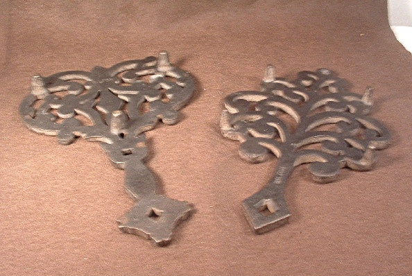 Vintage - Cast Iron Wilton Trivets