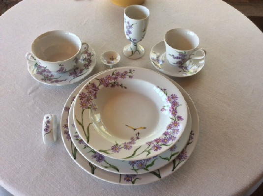 Porcelain Aster Place Setting In The Style of Celia Thaxter