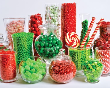 11.) – Christmas Candy Buffet – This Christmas Candy Buffet is a sugar lovers' dream! The brilliant colors and tasty subject matter is bound to put everyone in the mood for the holidays. (1000 pieces and measures 30? x 24?)