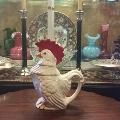 Stacked Rooster Tea Set