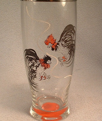 Fighting Cocks Decorated Glass Cocktail Shaker - Vintage Retro 1950's