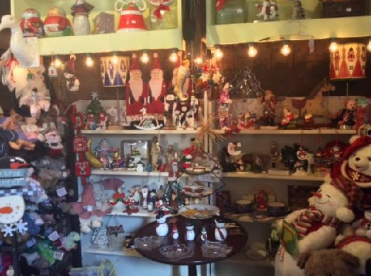 Back Room at https://www.fayrehalefarm.com/shops-at-fayrehale/