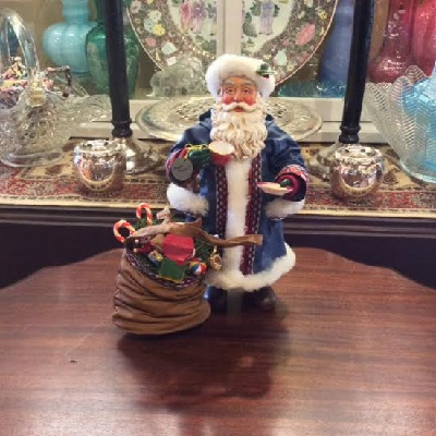Clothtique Possible Dreams Santa Claus in Blue Robe w/ Cup & Saucer - 1994 - Vintage