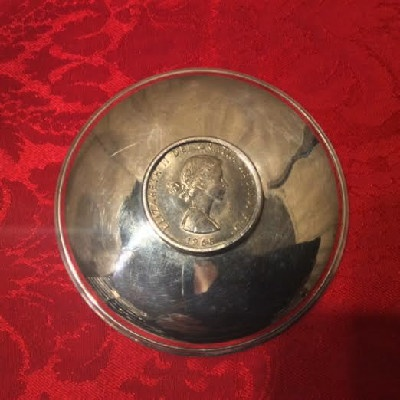 Sterling Dish w/ 1965 Winston Churchill Great Britain Crown - Commemorative Coin