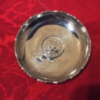 Superb Hong Kong Silversmith Sterling Dish w/ 1975 Hong Kong One Dollar Coin Featuring Queen Elizabeth The Second