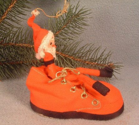 Santa Claus / Elf In Red Felt Shoe Ornament - Vintage Christmas - 1940's - Japan