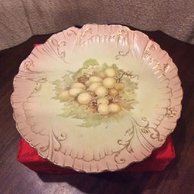 Royal Wedgwood Plate / Grapes Motif