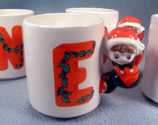 """NOEL"" Christmas Elf Mugs - Set of 4 - House Of Lloyd - Ceramic ""NOEL"" Christmas Elf Mugs !"