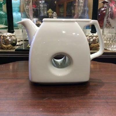 White Porcelain Donut Tea Pot - Art Deco - Funky & Fun !