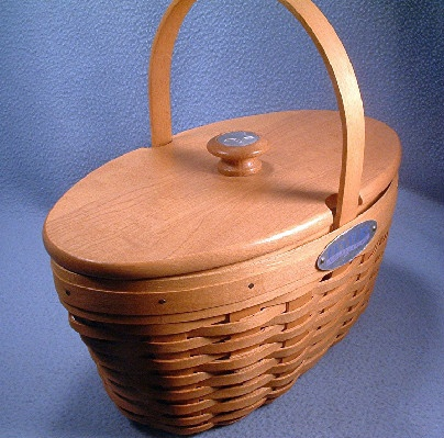 Longaberger Basket - Handbag - Pocketbook - Century Celebration Collector's Club Edition Lidded Basket - 2000