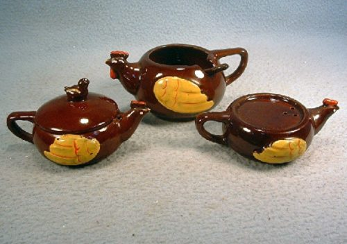 Red Ware Pottery - Stacked Chicken Salt & Pepper Shakers And Mustard Pot Set - Vintage Made In Japan