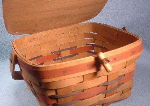 Longaberger Basket - Handbag - Pocketbook - Covered Berry Picking Basket - Attractive Storage For Any Room - 1988